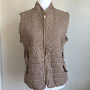NWT Daisy Tan Quilted Vest